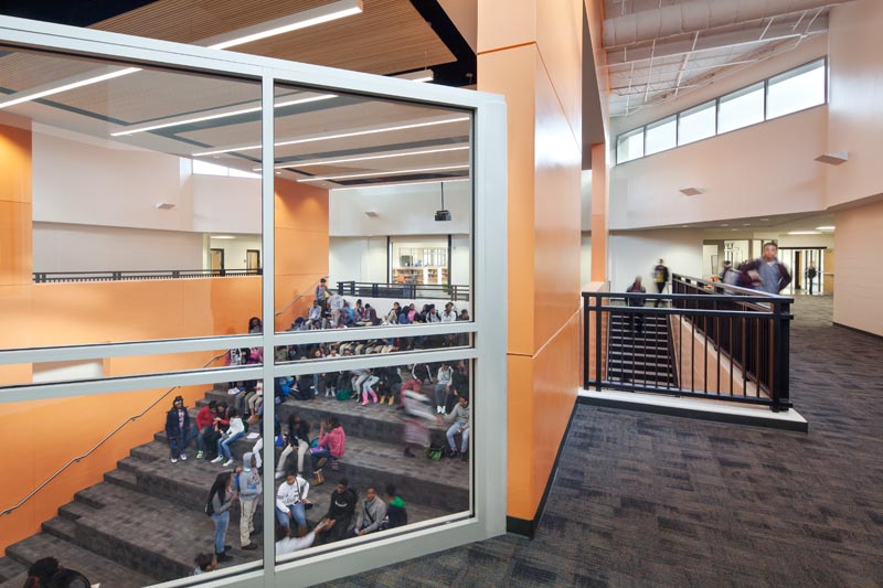 Is The Centerpiece Around Which Students Transition Most From Inside To Outside And Vice Versa Media Lab In Between Classes