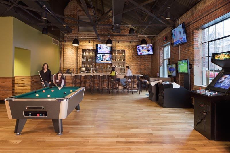 Tobacco Road Sports Cafe game room